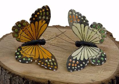 Picture of Two Assorted Orange/Eggshell Monarch Butterflies